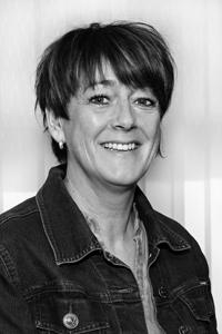Tone Elisabeth Hallem Grande, Grande Entreprenør AS
